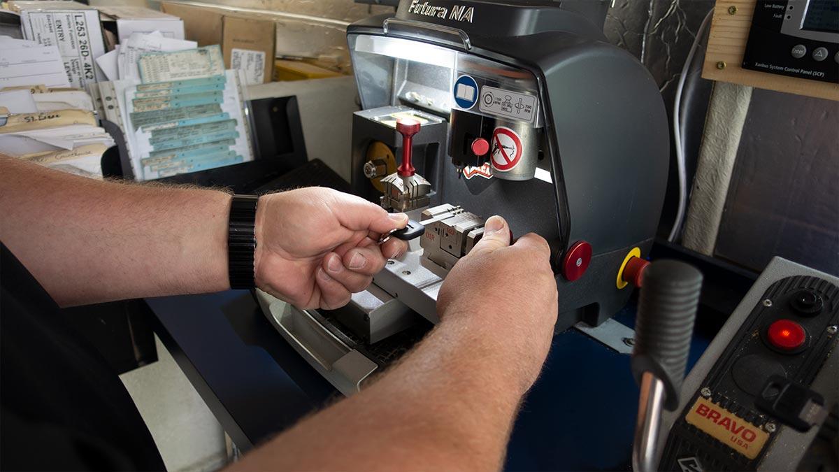 Holmlund Lock and Key on site key services